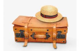 Как нужно перевозить шляпу в чемодане