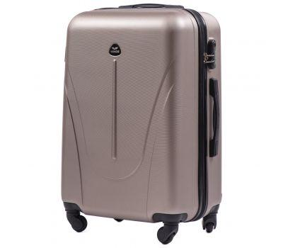 Пластиковый чемодан на колесах Wings Macaw 888 средний шампань